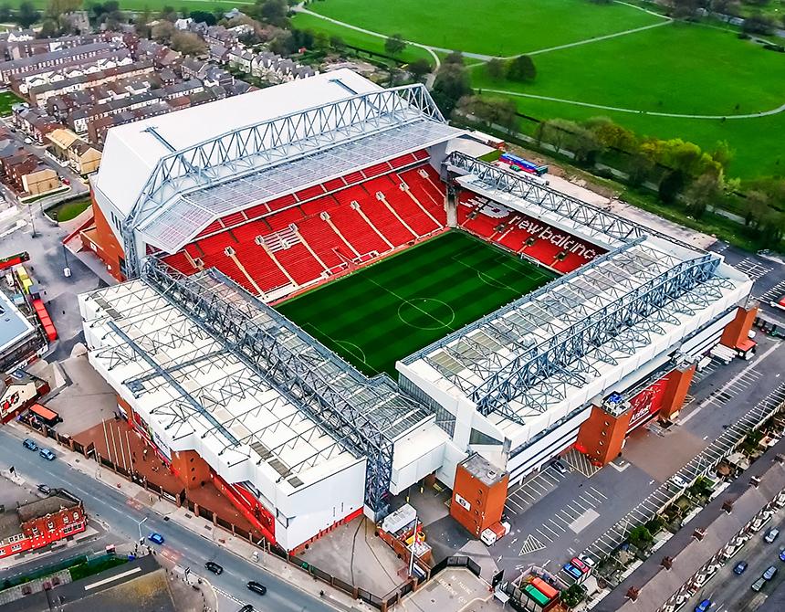 Top 10 meest legendarische voetbalstadions